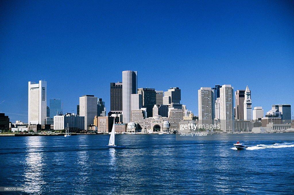 USA,Massachusetts,Boston,city skyline and waterfront