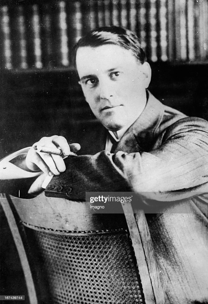 US-american electrical engineer and inventor Miller Reese Hutchison (1876-1944). 1930. Photograph. (Photo by Imagno/Getty Images) Der US-amerikanische Elektroingenieur und Erfinder Miller Reese Hutchison (18761944). 1930. Photographie.