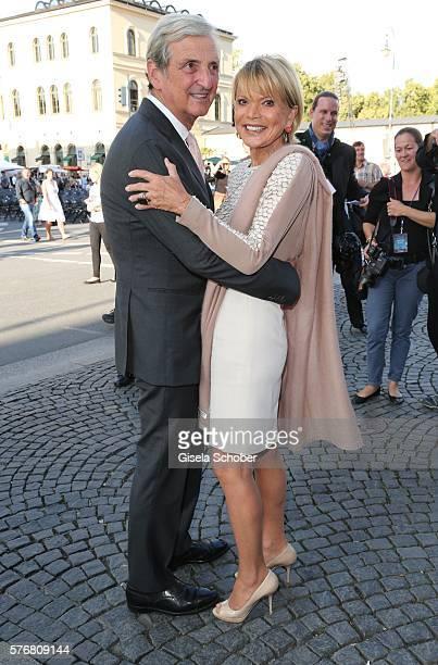 Uschi Glas and her husband Dieter Hermann during the MercedesBenz reception at 'Klassik am Odeonsplatz' 2016 on July 17 2016 in Munich Germany