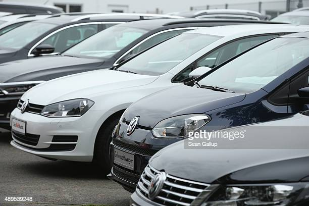 Used cars of German carmaker Volkswagen stand on display at a Volkswagen car dealership on September 22 2015 in Berlin Germany Volkswagen CEO Martin...