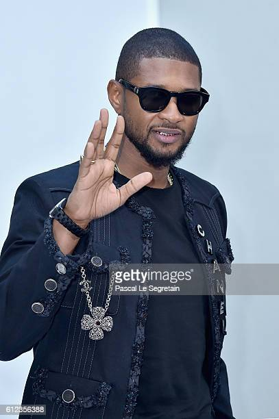Usher attends the Chanel show as part of the Paris Fashion Week Womenswear Spring/Summer 2017 on October 4 2016 in Paris France