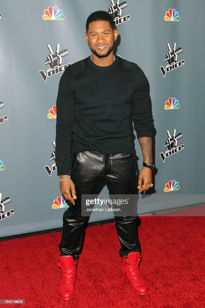 <a gi-track='captionPersonalityLinkClicked' href=/galleries/search?phrase=Usher+-+S%C3%A5ngare&family=editorial&specificpeople=201477 ng-click='$event.stopPropagation()'>Usher</a> attends the NBC's 'The Voice' Season 4 Premiere at TCL Chinese Theatre on March 20, 2013 in Hollywood, California.