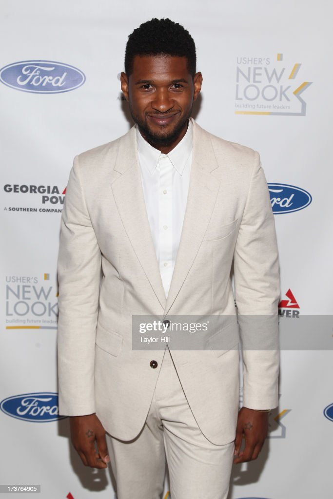 <a gi-track='captionPersonalityLinkClicked' href=/galleries/search?phrase=Usher+-+Singer&family=editorial&specificpeople=201477 ng-click='$event.stopPropagation()'>Usher</a> attends <a gi-track='captionPersonalityLinkClicked' href=/galleries/search?phrase=Usher+-+Singer&family=editorial&specificpeople=201477 ng-click='$event.stopPropagation()'>Usher</a>'s New Look's 2013 President's Circle Awards Luncheon at St. Regis Atlanta on July 17, 2013 in Atlanta, Georgia.