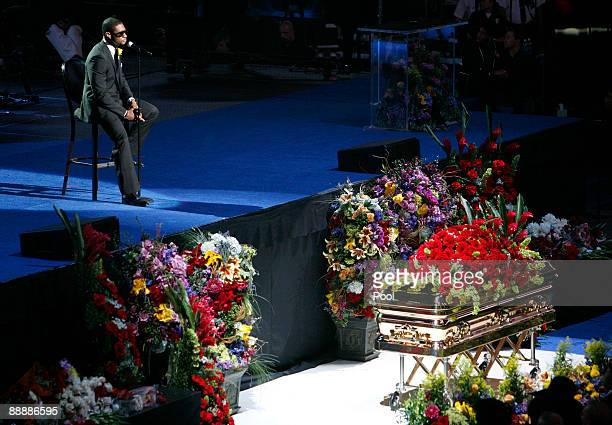 Usher performs at the Michael Jackson public memorial service held at Staples Center on July 7 2009 in Los Angeles California Jackson the iconic pop...