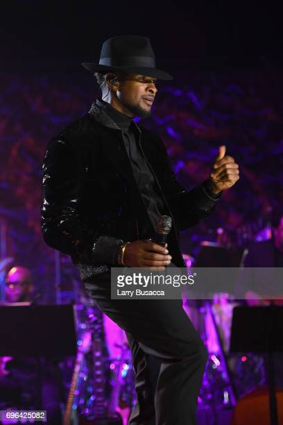 Usher performs onstage at the Songwriters Hall Of Fame 48th Annual Induction and Awards at New York Marriott Marquis Hotel on June 15 2017 in New...