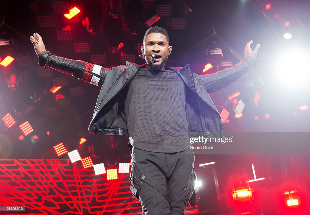 <a gi-track='captionPersonalityLinkClicked' href=/galleries/search?phrase=Usher+-+Singer&family=editorial&specificpeople=201477 ng-click='$event.stopPropagation()'>Usher</a> performs onstage during his 'The UR Experience' tour at Madison Square Garden on November 7, 2014 in New York City.