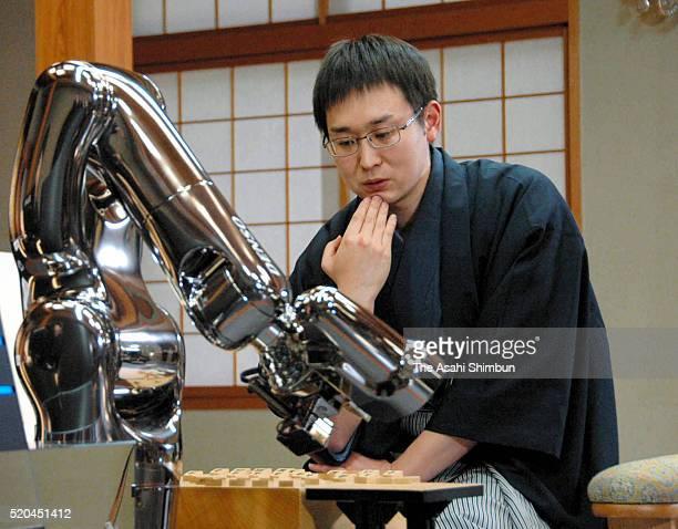 Using a robotic arm computer software Ponanza defeated Takayuki Yamasaki an 8dan professional shogi player in the first leg of the tworound final...
