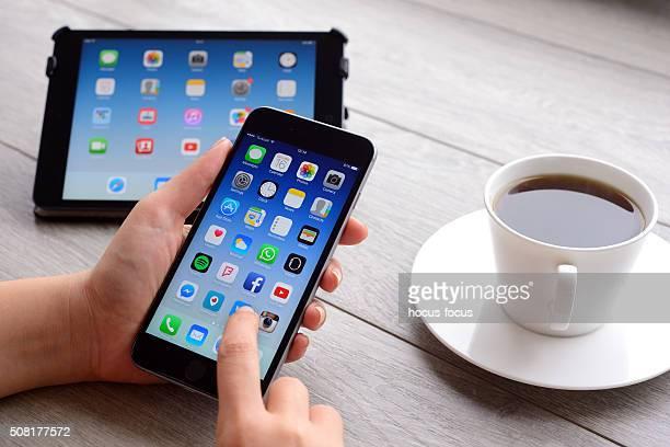 Utilizzando Apple iPhone 6 e iPad Mini