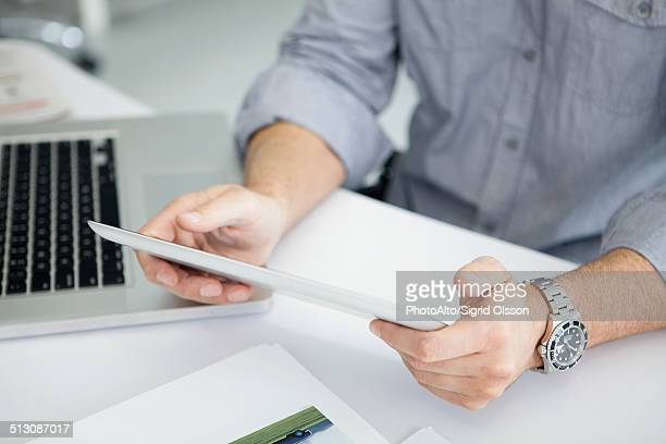 Using digital tablet with touch screen