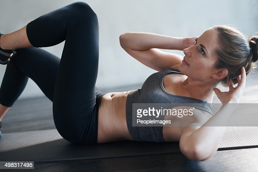 Using the workout to focus on her abs