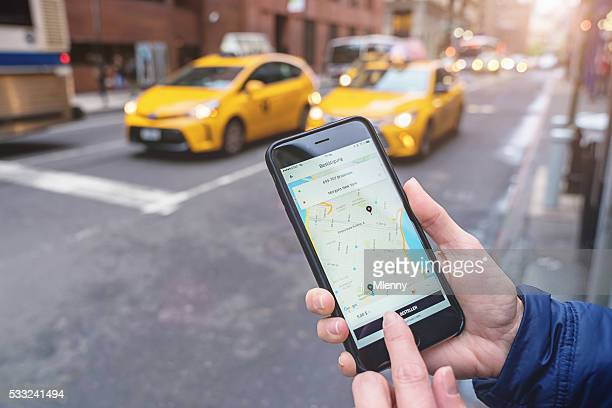 Utilizzando l'App Uber Taxi New York City