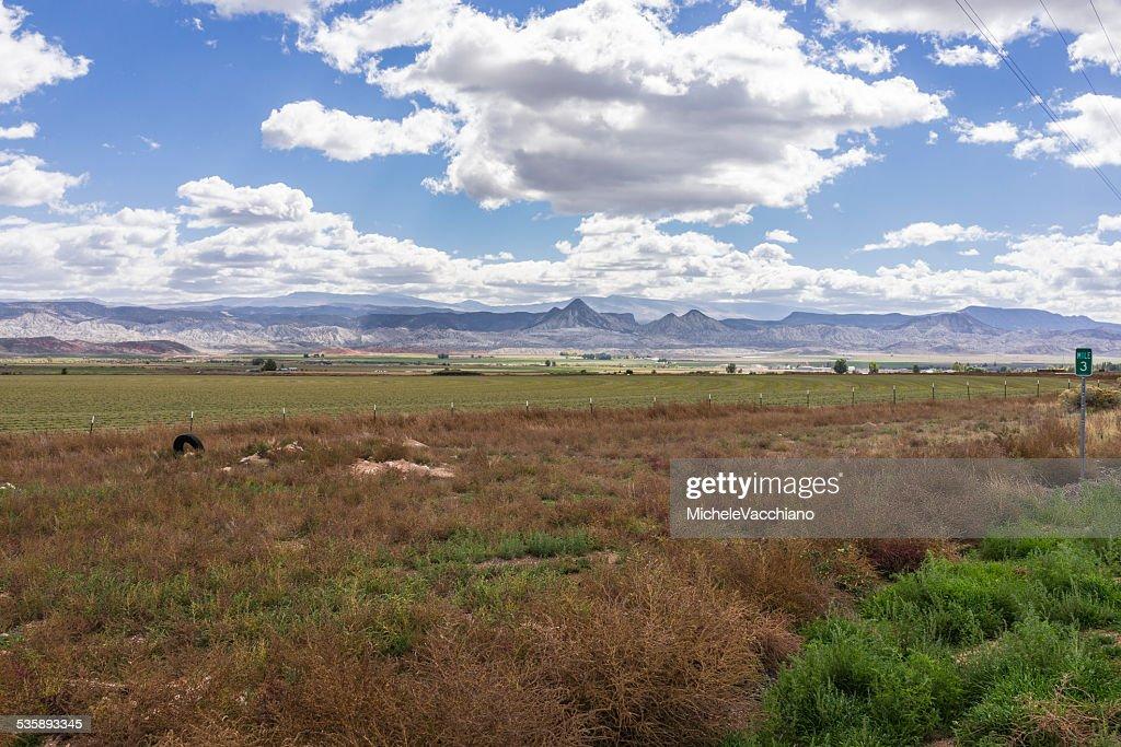 Utah.  Landscape near Salina along the US Highway 50 : Bildbanksbilder