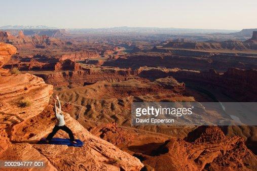 moab single girls Life in moab, utah: moab reviews : utah message board: city/state : ratio of single men to women age 20-34 325: 219: 148men for each woman: single.