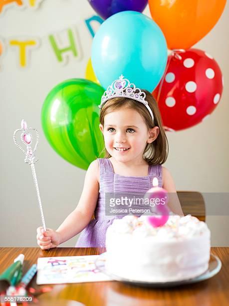 USA, Utah, Salt Lake City, Girl (4-5) at birthday party
