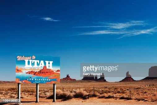 Utah sign in the desert : ストックフォト
