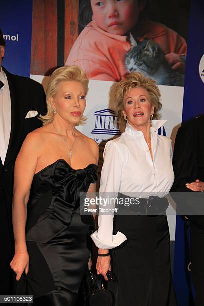 UteHenriette Ohoven Jane Fonda CharityVeranstaltung 17 'UnescoBenefizGala' 2009 Hotel 'Maritim' Düsseldorf NordrheinWestfalen Deutschland Europa...