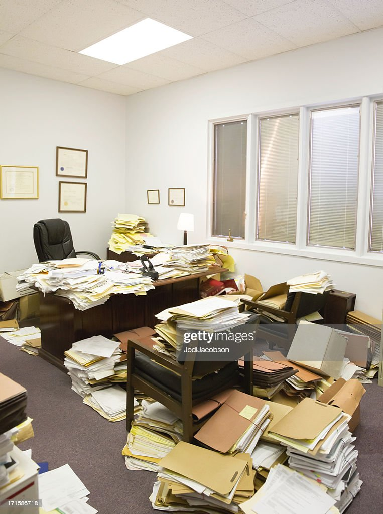 Utter Clutter- Professional paper hoarder