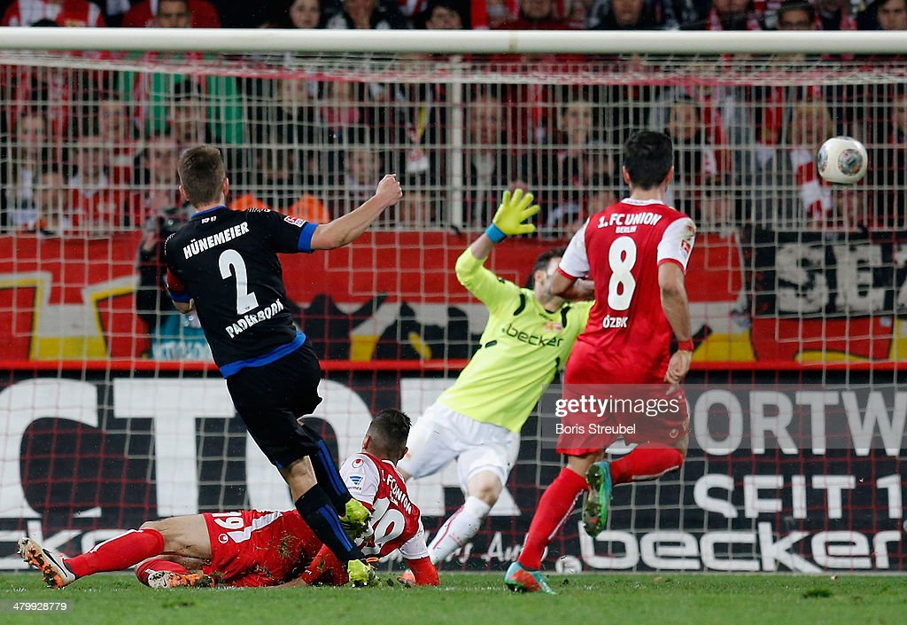 Uwe Huenemeier of Paderborn scores his team's first goal during the Second Bundesliga match between 1FC Union Berlin and SC Paderborn at Stadion an...