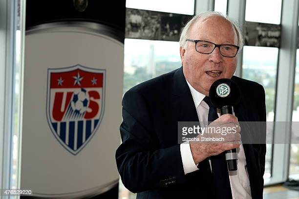 Uwe Seeler speaks to the gests during the official reception for the United States Soccer Federation at KoelnSky Lounge on June 10 2015 in Cologne...