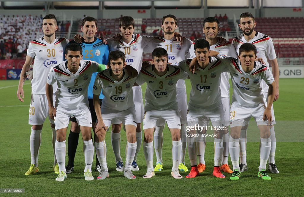 Uzbekistan's Bunyodkor club's players pose before their Asian Champions League football match against Qatar's Lekhwiya club at Abdullah bin Khalifa Stadium in Doha on May 4, 2016. / AFP / KARIM
