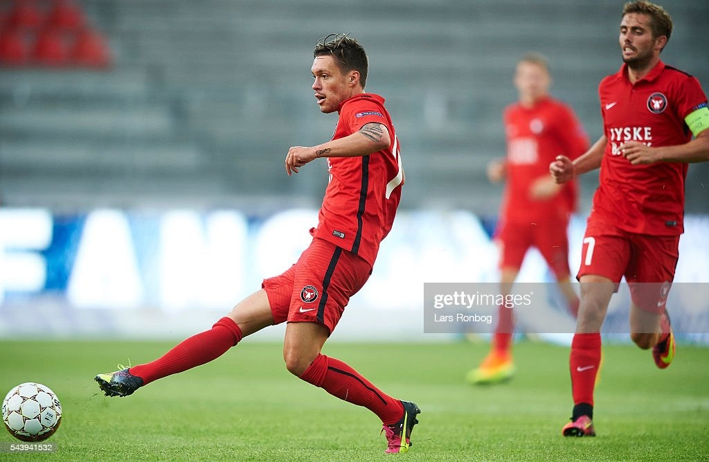 <a gi-track='captionPersonalityLinkClicked' href=/galleries/search?phrase=Vaclav+Kadlec&family=editorial&specificpeople=6388836 ng-click='$event.stopPropagation()'>Vaclav Kadlec</a> of FC Midtjylland in action during the Europa League Qualifier match between FC Midtjylland and FK Suduva at MCH Arena on June 30, 2016 in Herning, Denmark.