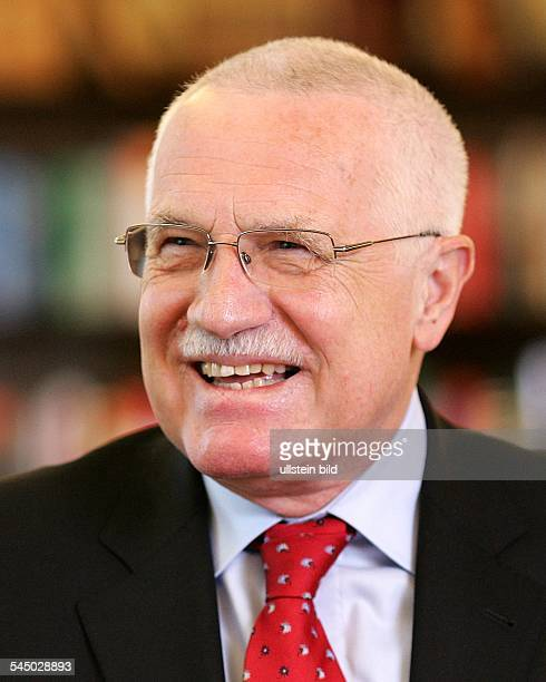 Vaclav Klaus Politician Czech Republic President