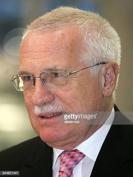 Vaclav Klaus Politiker Tschechien Praesident der Tschechischen Republik Václav Klaus