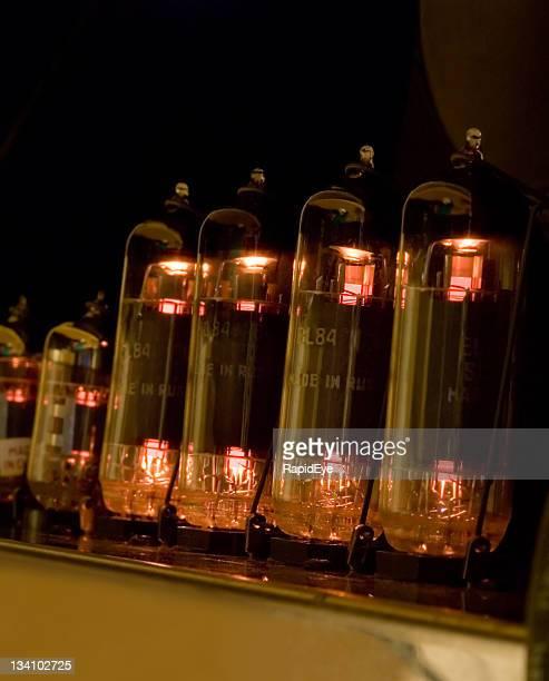 Vakuum tubes Glühend