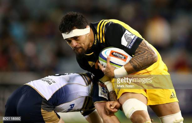 Vaea Fifita of the Hurricanes runs the ball during the Super Rugby Quarter Final match between the Brumbies and the Hurricanes at Canberra Stadium on...