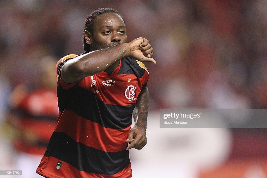 Vagner Love of Flamengo celebrates a scored goal againist of Emelec during a match between Flamengo and Emelec as part of Santander Libertadores Cup...