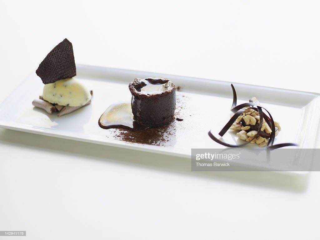 Vahlrona chocolate trio