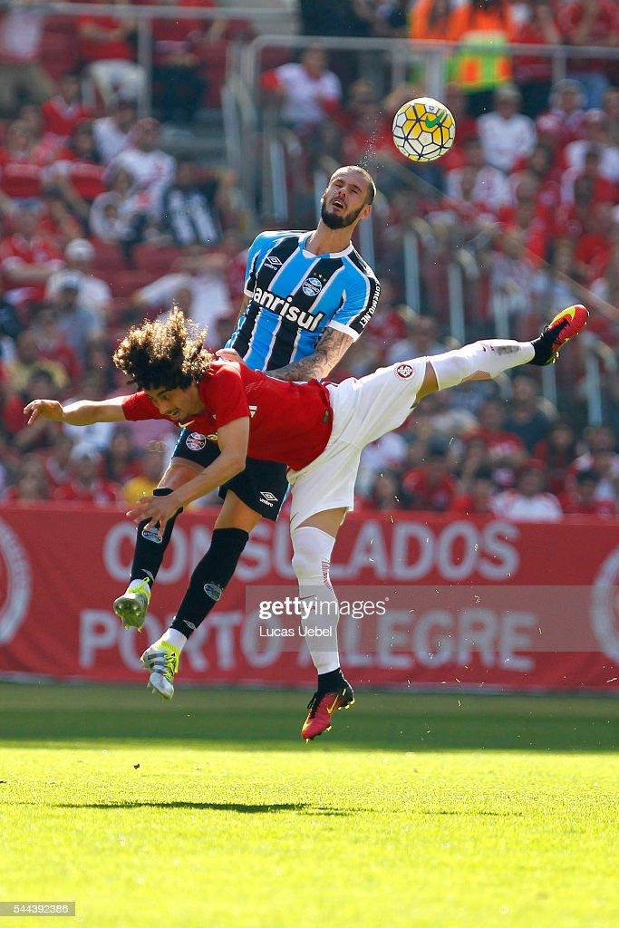 Internacional v Gremio - Brasileirao Series A 2016