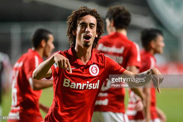 Valdivia of Internacional celebrates a scored goal against Atletico MG during a match between Atletico MG and Internacional as part of Copa...