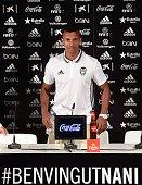 Valencia's new player Portuguese Luis Carlos Almeida de Cunha ' Nani ' poses during his Official presentation in Valencia on July 142016 / AFP / JOSE...