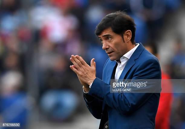 Valencia's Spanish coach Marcelino Garcia Toral gestures during the Spanish league football match RCD Espanyol vs Valencia CF atthe RCDE Stadium in...