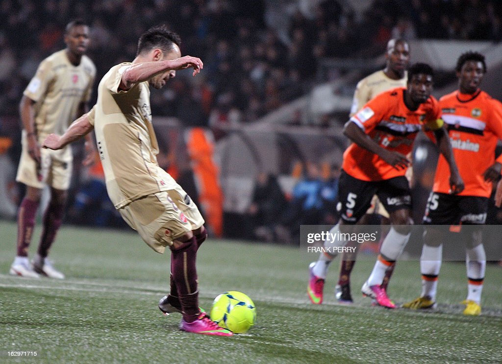 Valenciennes' French midfielder Gael Danic shoots to score a penalty during the French L1 football match Lorient vs Valenciennes on March 2, 2013 at the Moustoir Stadium in Lorient, western France.