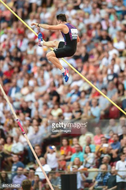 Valentin Lavillenie participates in the European Athletics Meeting Kamila Skolimowska Memorial at the National Stadium on August 15 2017 in Warsaw...