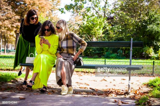 Valentina Siragusa Eleonora Carisi and Linda Tol are seen after the Issey Miyake show at the Grand Palais during Paris Fashion Week Womenswear SS18...