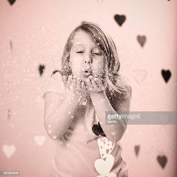 Valentinstag-Mädchen Blasen Konfetti
