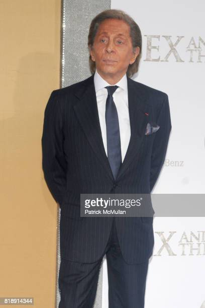 Valentino Garavani attends 'SEX AND THE CITY 2' PREMIERE at Radio City Music Hall on May 24 2010 in New York City