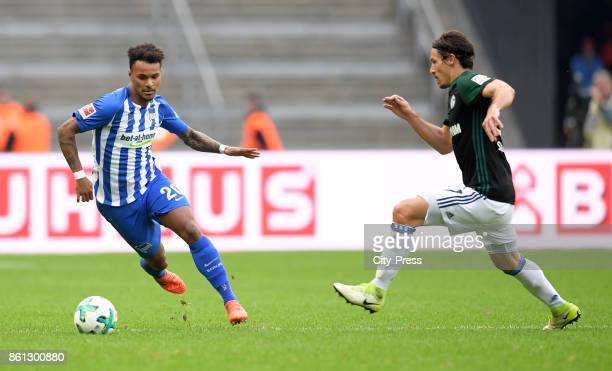 Valentino Lazaro of Hertha BSC and Benjamin Stambouli of FC Schalke 04 during the game between Hertha BSC and Schalke 04 on october 14 2017 in Berlin...