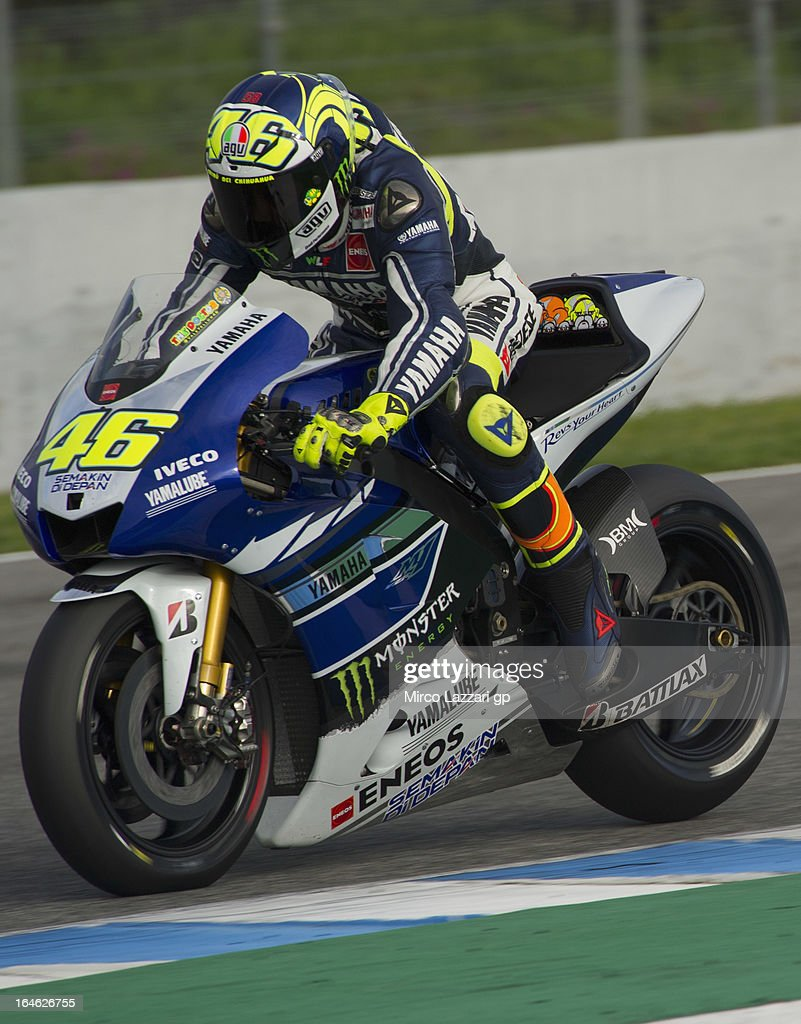 Valentino Rossi of Italy and Yamaha Factory Racing heads down a straight during the MotoGP Tests In Jerez - Day 4 at Circuito de Jerez on March 25, 2013 in Jerez de la Frontera, Spain.