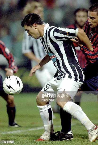 Valeri Bojinov of Juventus in action against Crotone during the Serie B match at Ezio Scida stadium September 19 2006 in Crotone Italy