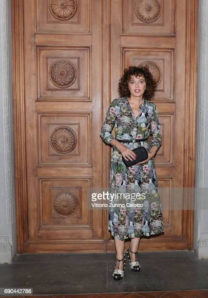 Valeria Golino arrives at the Gucci Cruise 2018 fashion show at Palazzo Pitti on May 29 2017 in Florence Italy