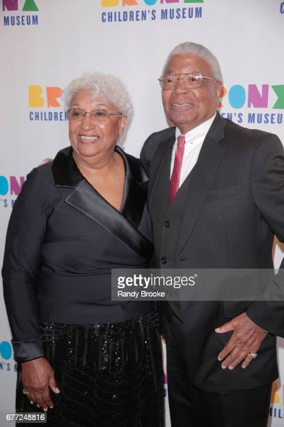 Valerie and Earl Washington attend the 2017 The Bronx Children's Museum Gala at Tribeca Rooftop on May 2 2017 in New York City