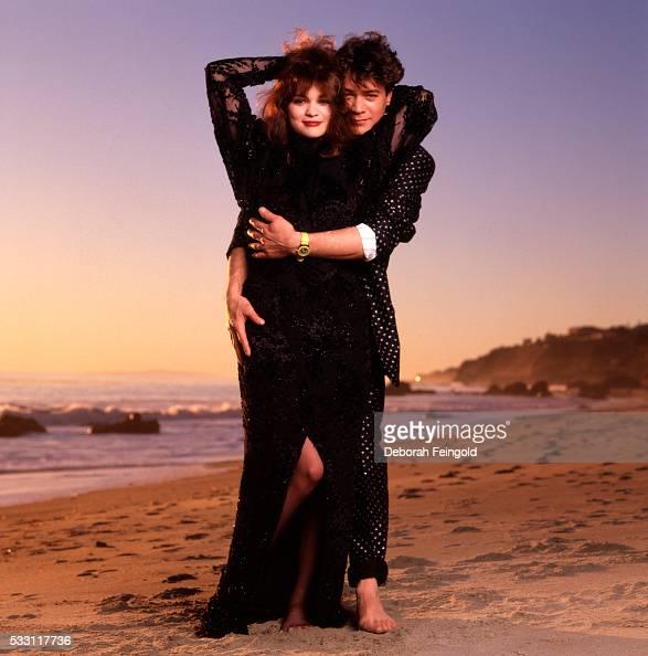valerie bertinelli and eddie van halen on beach pictures