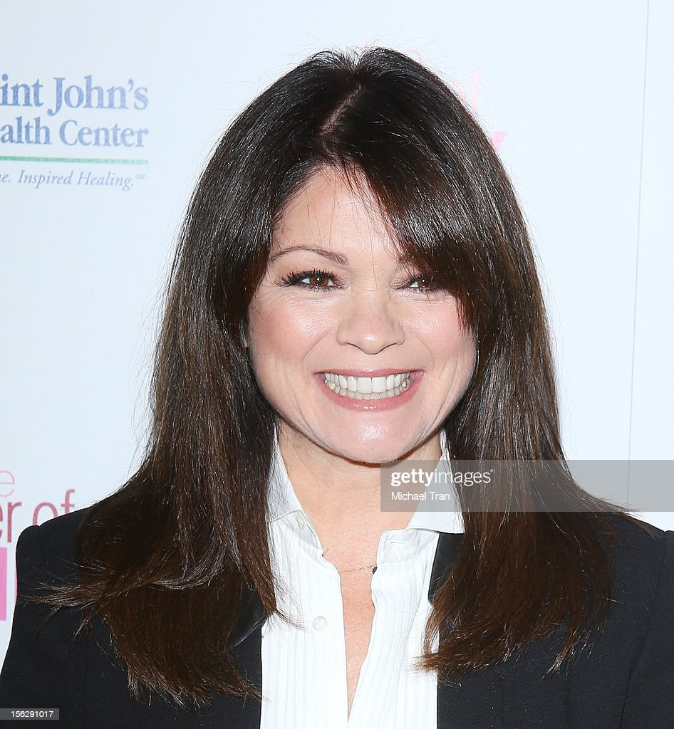 <a gi-track='captionPersonalityLinkClicked' href=/galleries/search?phrase=Valerie+Bertinelli&family=editorial&specificpeople=790177 ng-click='$event.stopPropagation()'>Valerie Bertinelli</a> arrives at St. John's Health Center's 'Power of Pink' benefiting The Margie Petersen Breast Center held at Sony Picture Studios on November 12, 2012 in Los Angeles, California.