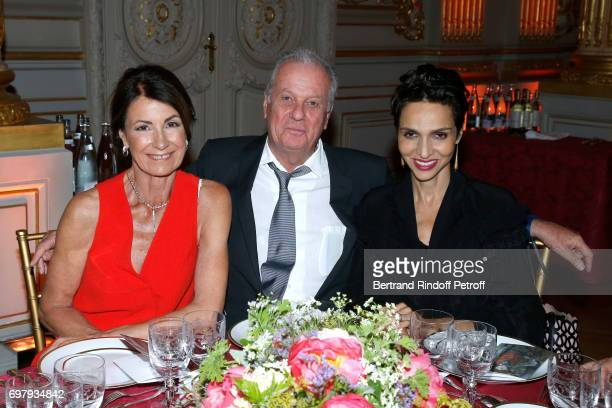 Valerie Breton Jacques Grange and Farida Khelfa Seydoux attend the 'Societe ses Amis du Musee d'Orsay' Dinner Party at Musee d'Orsay on June 19 2017...