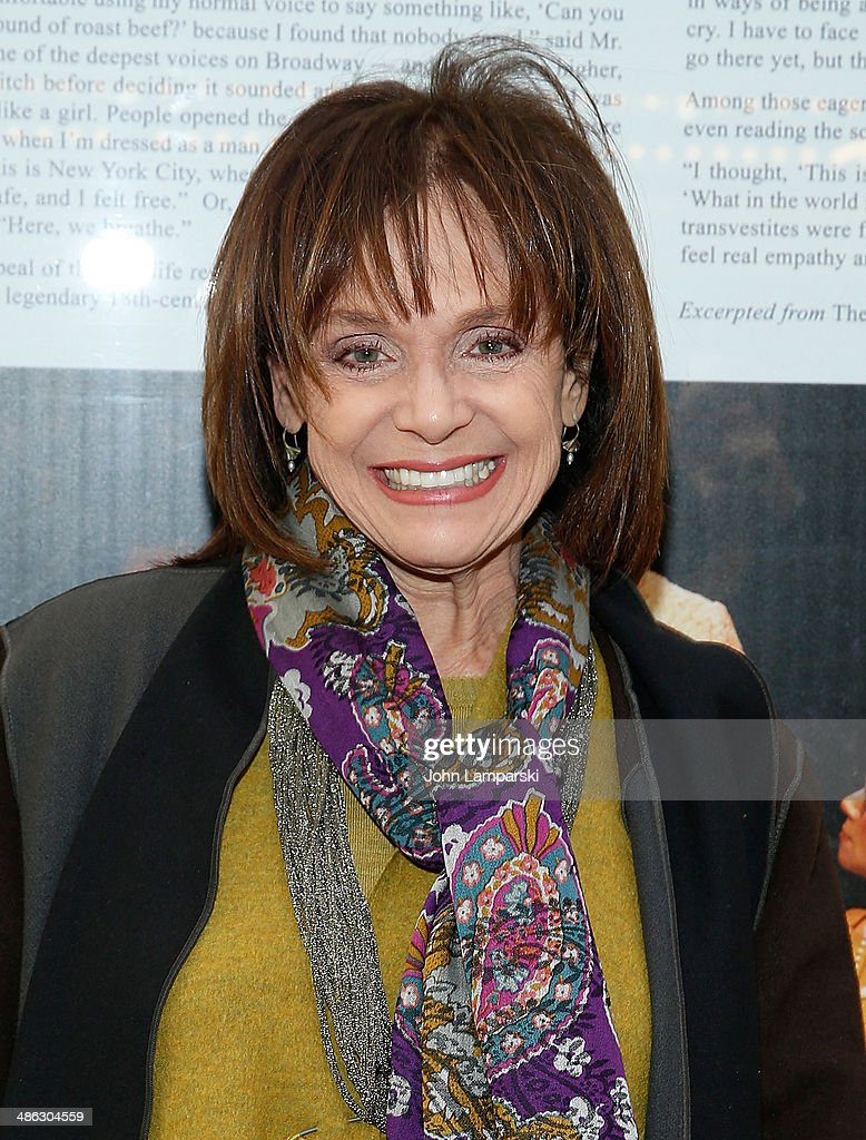 <a gi-track='captionPersonalityLinkClicked' href=/galleries/search?phrase=Valerie+Harper&family=editorial&specificpeople=206853 ng-click='$event.stopPropagation()'>Valerie Harper</a> attends the Broadway opening night for 'Casa Valentina' at Samuel J. Friedman Theatre on April 23, 2014 in New York City.