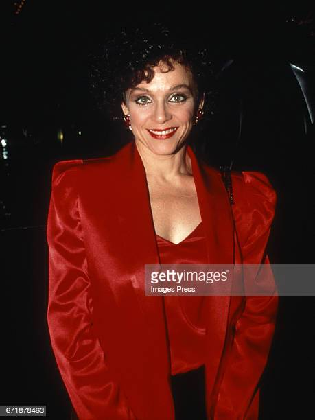 Valerie Harper attends the 'Hooray For Hollywood' AIDS Benefit held at Bloomingdale's circa 1988 in New York City